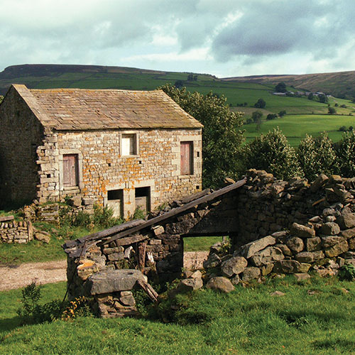 Old stone barn at Studfold